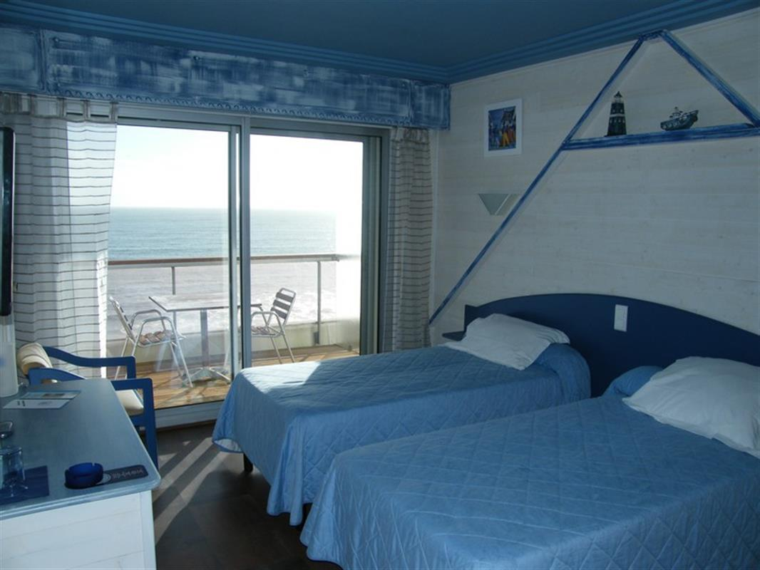 Chambre a coucher vue sur mer for Chambre a coucher hotel